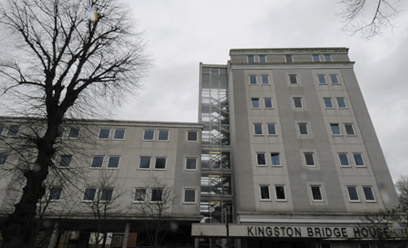 kingston bridge house 11